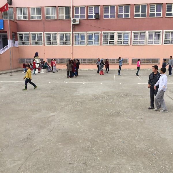 Photo taken at Mustafa Vedat Mutlu Ortaokulu by Ömer Tuncer S. on 3/16/2016