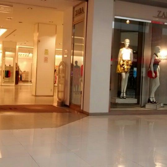 Zara clothing store in kolkata