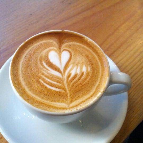 Das Foto wurde bei Culture Espresso von Tudor L. am 1/27/2013 aufgenommen