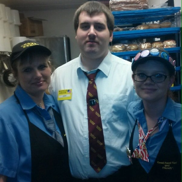 Photo taken at Waffle House by Christie S. on 3/30/2014
