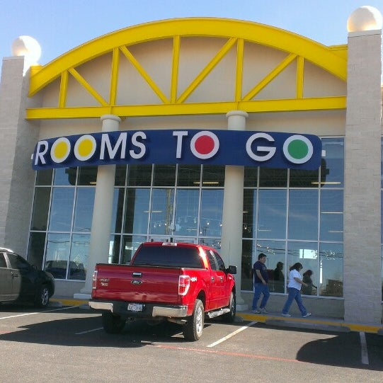 Rooms to go kids furniture store 2900 n loop 250 w ste k for Rooms to ho kids