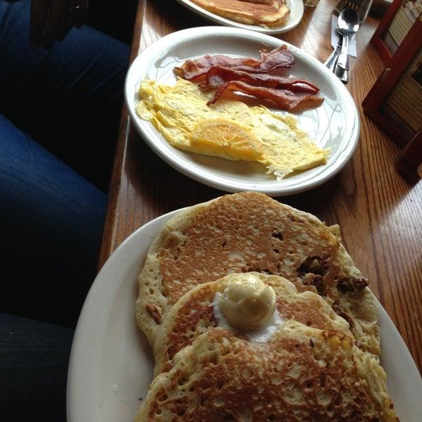 Photos at Blueberry Field Pancake House & Restaurant - 558 ...