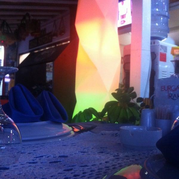Foto scattata a Sinatra Hotel da Ruzgar(nazir) il 5/21/2014