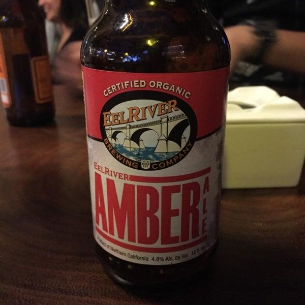 Foto tomada en The Beer Box por Dante B. el 3/27/2016