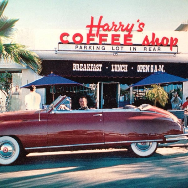 Photo taken at Harry's Coffee Shop by Elizabeth G. on 4/9/2014