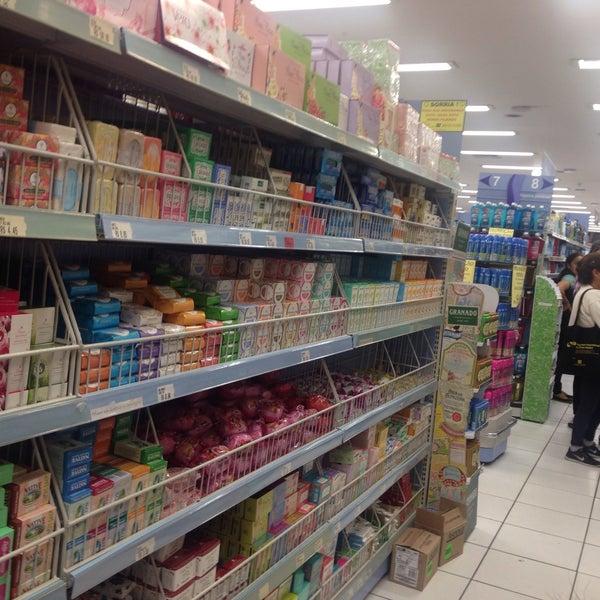 Foto tirada no(a) Princesa Supermercado de Cosméticos por Jorge A. em 5/12/2016