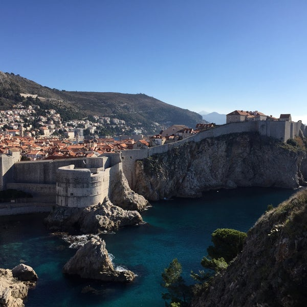 Where's Good? Holiday and vacation recommendations for Dubrovnik, Croatie. What's good to see, when's good to go and how's best to get there.