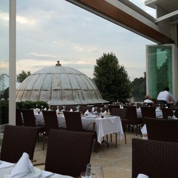 7/16/2014 tarihinde Mehtap D.ziyaretçi tarafından Matbah Restaurant'de çekilen fotoğraf