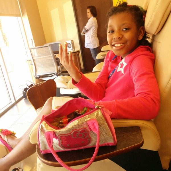 Photo taken at Ladue Nails & Spa by Annesha E. on 4/16/2014