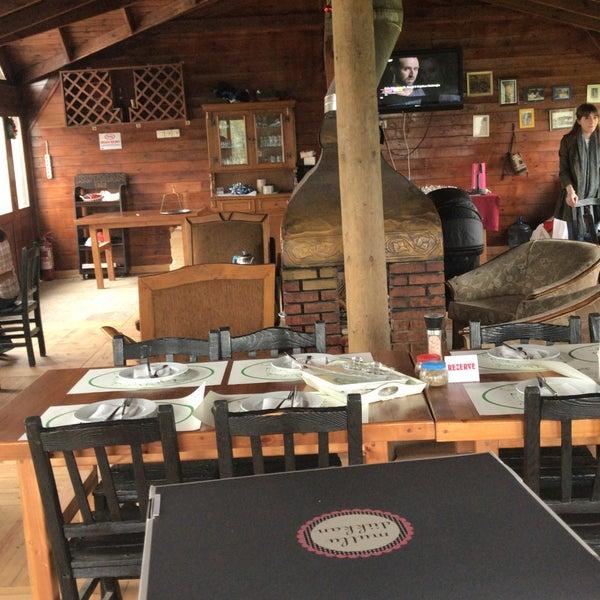 4/7/2018 tarihinde Emre H.ziyaretçi tarafından Yeji Dohoda Restaurant'de çekilen fotoğraf