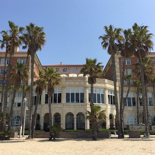 รูปภาพถ่ายที่ Casa Del Mar Hotel โดย Alfonso F. เมื่อ 4/14/2016