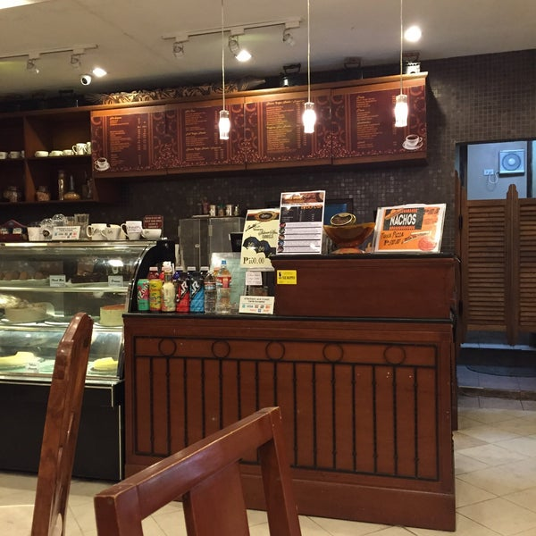 photo taken at silver spoon cafe by jaja d on 332015