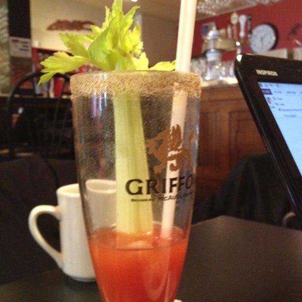 3/27/2014 tarihinde Audry S.ziyaretçi tarafından Café Lézard'de çekilen fotoğraf