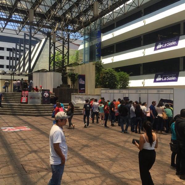 8/15/2015 tarihinde Josh A.ziyaretçi tarafından Universidad La Salle'de çekilen fotoğraf