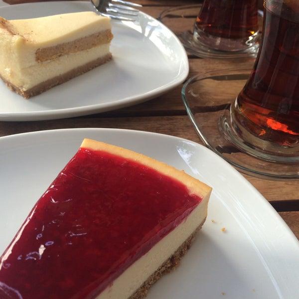 10/31/2015 tarihinde İlknur E.ziyaretçi tarafından Maria's Cheesecakes'de çekilen fotoğraf