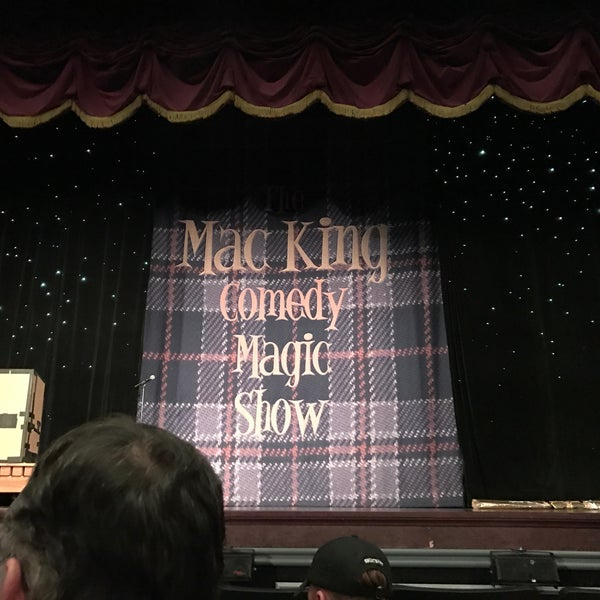 Photo taken at The Mac King Comedy Magic Show by Kurst H. on 10/8/2016