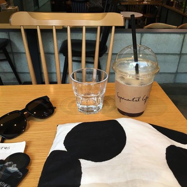8/6/2016에 소소님이 Experimental Coffee Bar by SAANG에서 찍은 사진