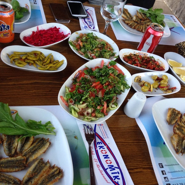 10/27/2015 tarihinde Ömer S.ziyaretçi tarafından Ekonomik Balık Restaurant Avanos'de çekilen fotoğraf