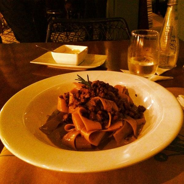 Foto tirada no(a) Domenico Pizzeria Trattoria por J0rd4n em 5/31/2014