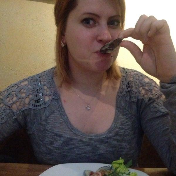 Снимок сделан в Admiral Restaurant пользователем Ksenia T. 1/7/2016