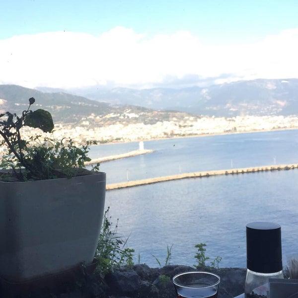 2/22/2018 tarihinde Gizem D.ziyaretçi tarafından Centauera Butik Hotel &Cafe'de çekilen fotoğraf