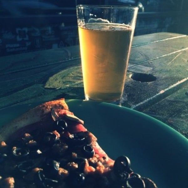 Photo taken at Pizza Schmizza Pub & Grub - Salmon Creek by Aaron P. on 4/8/2016