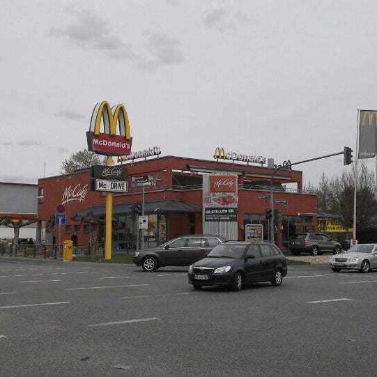 mcdonald 39 s fast food restaurant in wiesbaden. Black Bedroom Furniture Sets. Home Design Ideas