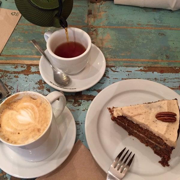 Photo taken at Spice Café by Ege Ş. on 2/3/2017