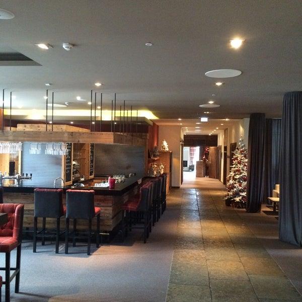 Photo taken at Lindner Spa & Golf Hotel Weimarer Land by Gunther S. on 1/2/2016