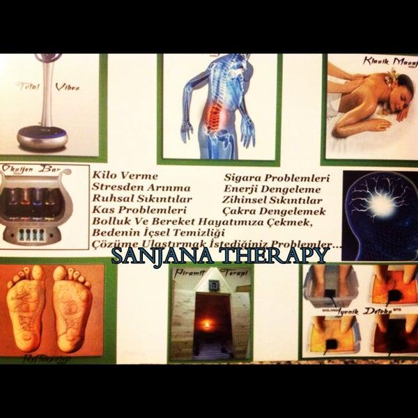 3/27/2014 tarihinde Sanjana Therapyziyaretçi tarafından Sanjana Therapy'de çekilen fotoğraf