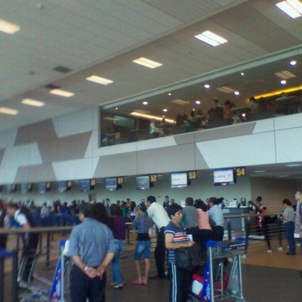 Photo taken at Jorge Chávez International Airport (LIM) by Raffo T. on 4/3/2013
