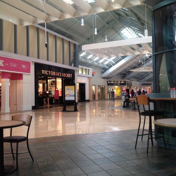 Clothing stores philadelphia