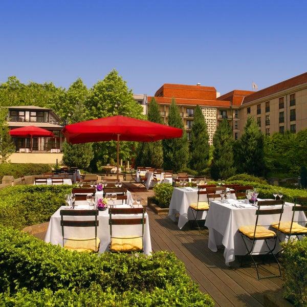 Das Foto wurde bei The Westin Grand Berlin von EVENT Hotels am 4/2/2014 aufgenommen