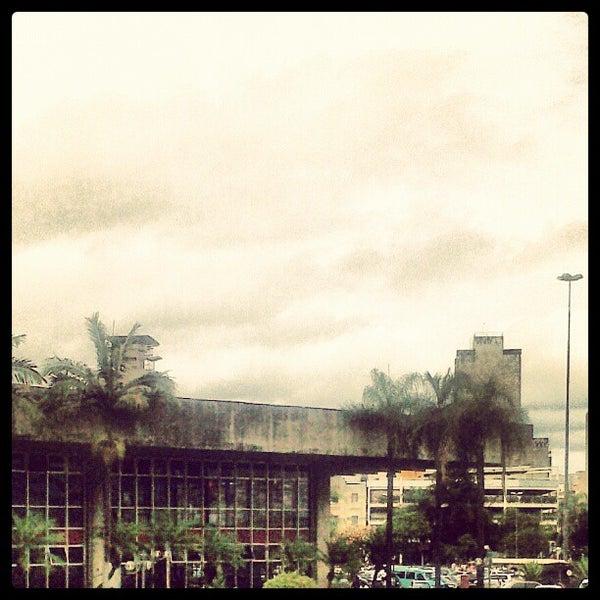 Photo taken at Terminal Rodoviário Governador Israel Pinheiro by Diego K. on 10/13/2012