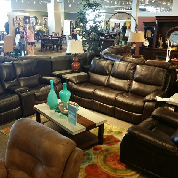 Furniture / Home Store In Orland Park
