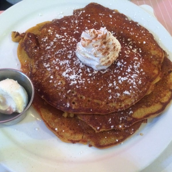 Photo taken at The Breakfast Club & Grill by Ryan M. on 11/30/2014