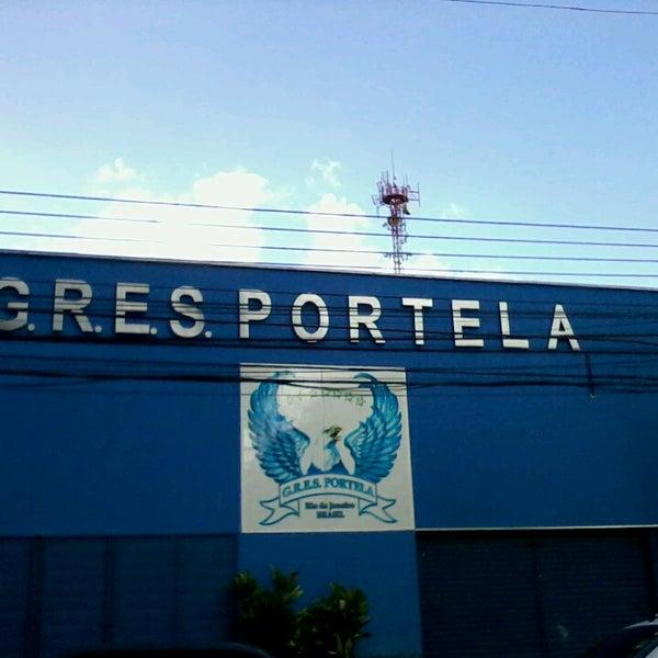 Foto tirada no(a) G.R.E.S. Portela por Roseane c. em 4/22/2013
