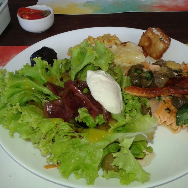 Foto tirada no(a) Anamá Restaurante por Lysane L. em 5/1/2014