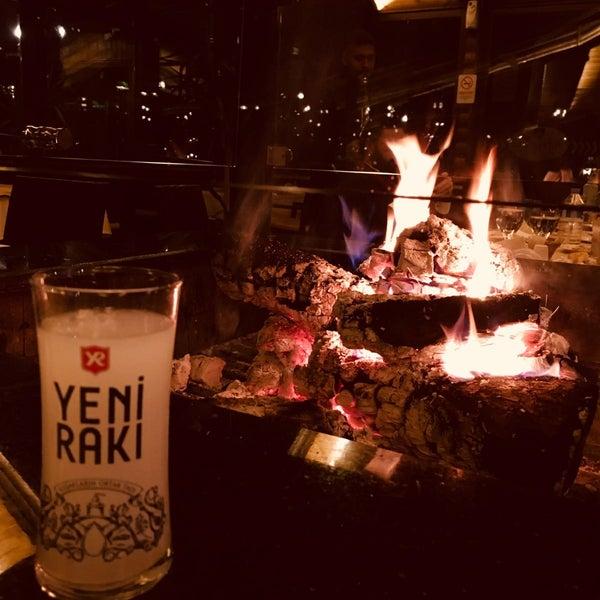 Photo taken at Körfez Aşiyan Restaurant by Merve Ö. on 12/6/2017