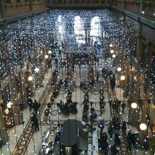 Foto scattata a Galleria Alberto Sordi da Federico U. il 1/4/2013