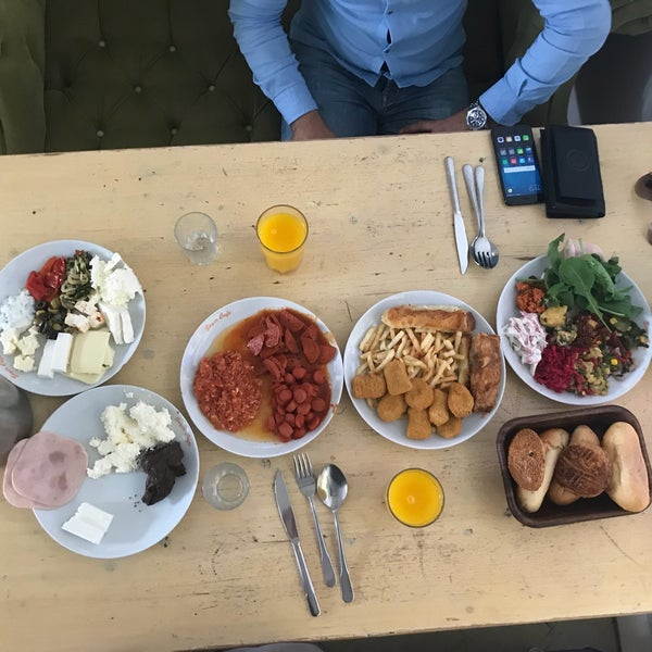 7/21/2018 tarihinde Alican K.ziyaretçi tarafından Seyir Cafe'de çekilen fotoğraf