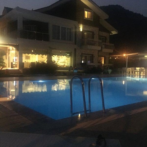 7/28/2015 tarihinde Tuncay A.ziyaretçi tarafından Göcek Naz Hotel'de çekilen fotoğraf