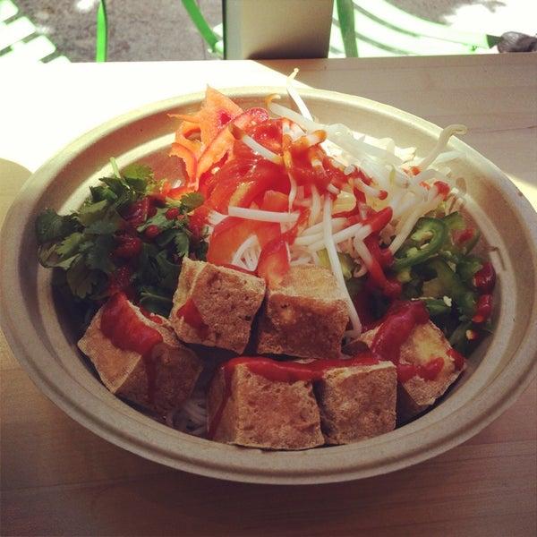 Photo taken at Freshroll Vietnamese Rolls & Bowls by Lindsay W. on 7/6/2013