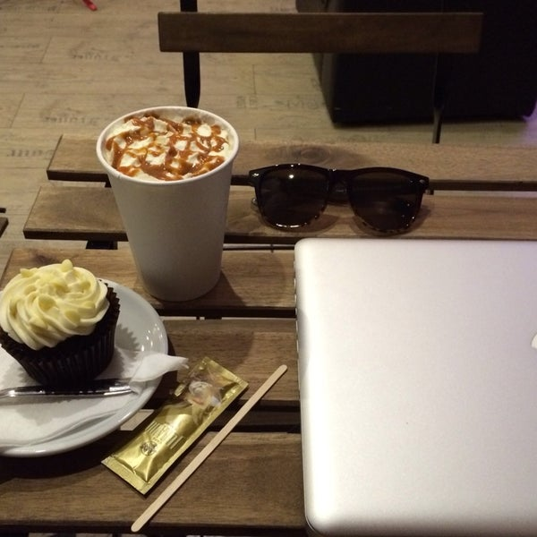 Photo taken at Canada Coffee by Ines P. on 2/7/2014