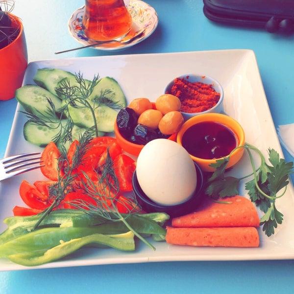 4/16/2016 tarihinde Duygu I.ziyaretçi tarafından Otlangaç Kahvaltı & Kafe'de çekilen fotoğraf