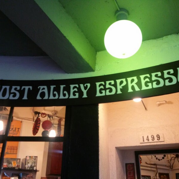 Photo taken at Ghost Alley Espresso by Carlo R. on 10/25/2013
