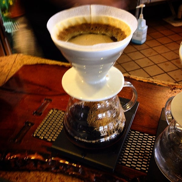 Photo taken at Avoca Coffee by Jimmy S. on 3/17/2015