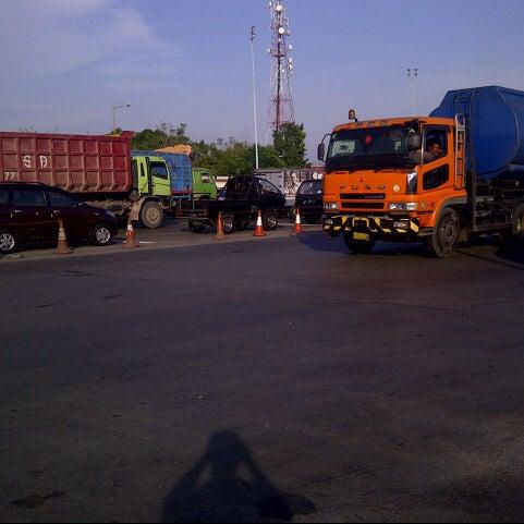 Photo taken at Tol Surabaya Gresik by Ivy B. on 12/1/2012