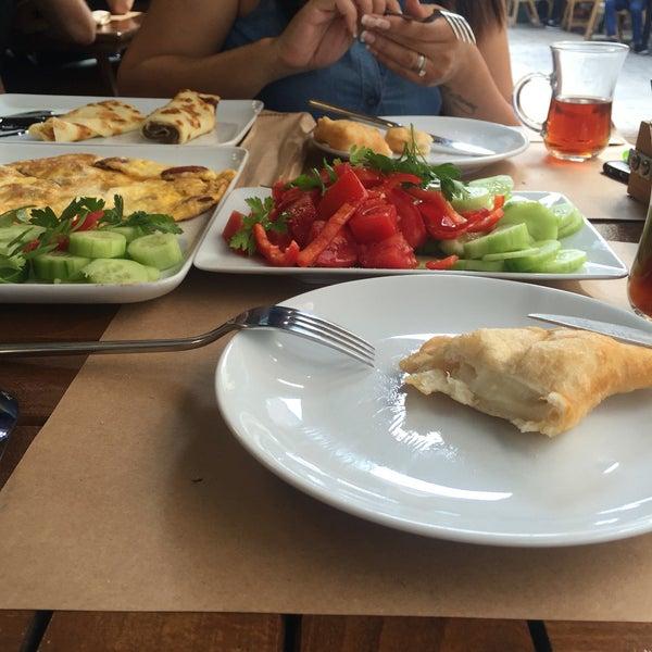 8/28/2016 tarihinde ♠️N.A♠️ziyaretçi tarafından Fiskos Kahvaltı Cafe'de çekilen fotoğraf