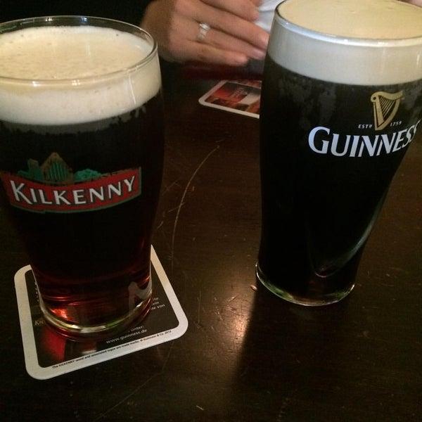 Das Foto wurde bei Fiddlers Irish Pub von Inkatsz am 10/5/2015 aufgenommen